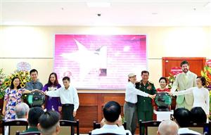 """Công ty KAF ra mắt sản phẩm Sách tương tác tại Triển lãm """"Quốc kỳ, Quốc ca, Quốc huy: Biểu tượng tự hào dân tộc Việt Nam"""""""